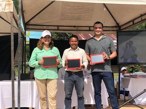 """COMUNIDADES INDÍGENAS DEL AMAZONAS AHORA CON """"INTERNET PARA TODOS"""""""