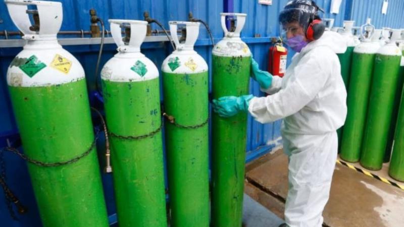 image for Recomiendan que el Gobierno debe comprar oxígeno en el extranjero de inmediato