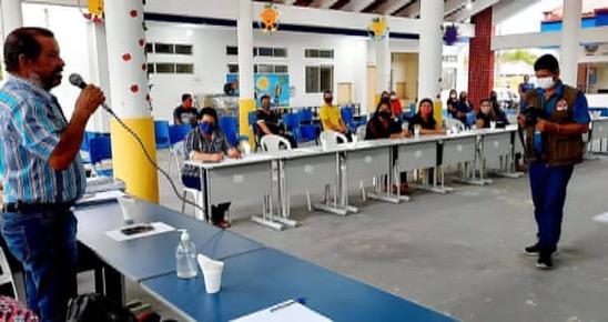 image for Prefeito se reuniu com autoridades para tratar início do ano letivo