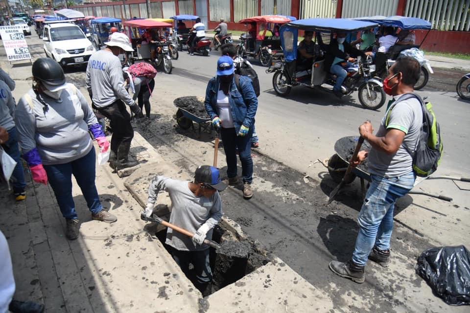 image for Gobierno regional inició limpieza de alcantarillas en Av la marina
