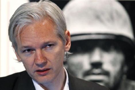 image for Ministro británico firma solicitud de extradición para Julian Assange