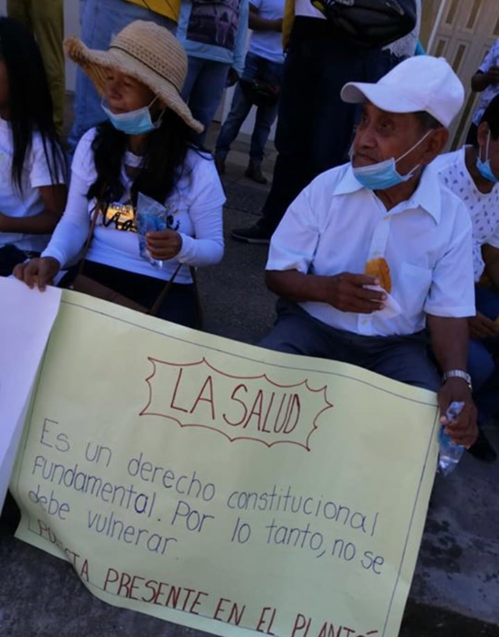image for Plantón por la mala prestacion de servicios médicos y de Salud