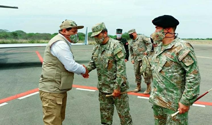 image for Ministro de Defensa visita ciudad de Tumbes