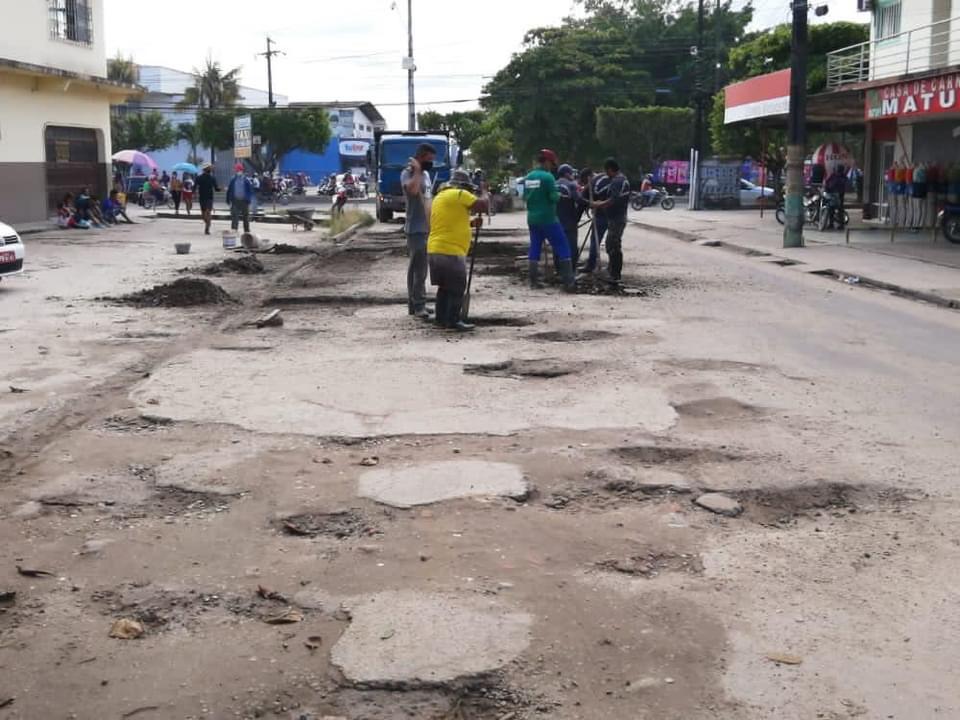 image for Operação Tapa Buraco na Rua Marechal Mallet