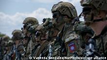 image for Militares fallecen  en enfrentamiento con grupos irregulares de Colombia