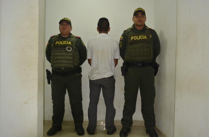 image for Policía captura sujeto por acoso sexual