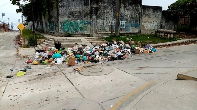 image for Excesiva acumulación de basura en sus calles