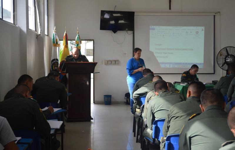 image for Comandante da la bienvenida a la Auditora de Control Interno Sectorial Mindefensa
