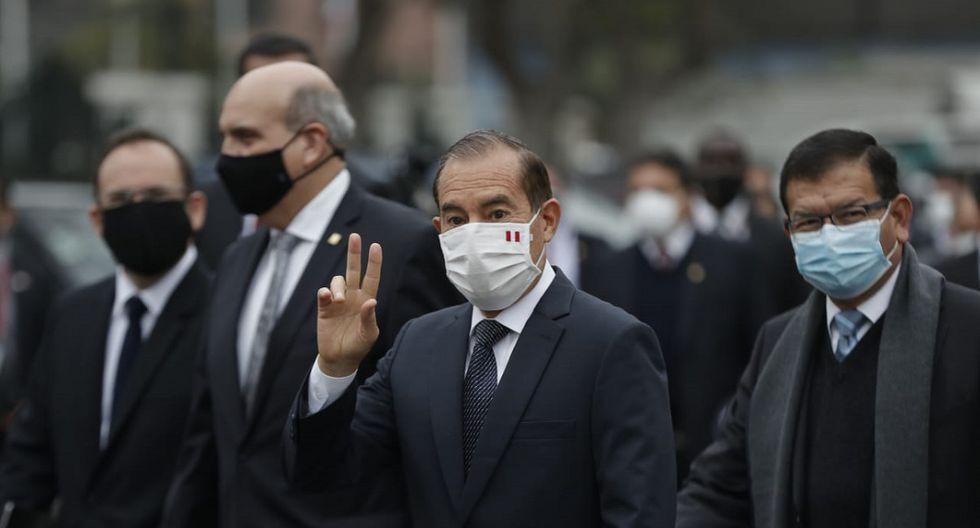 image for Gobierno adopta medidas para disminuir tasa de contagios