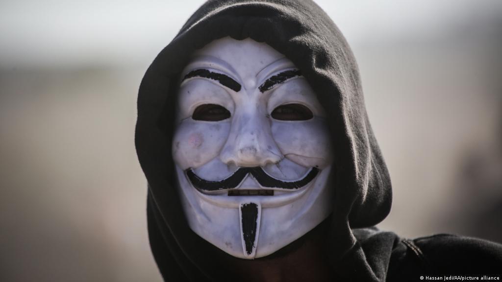 image for Anonymous se atribuye hackeo de la página del Ejército colombiano