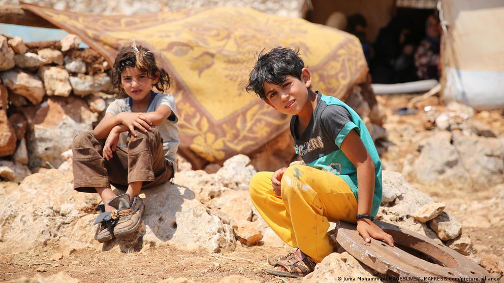 image for Consejo de Seguridad de ONU extiende ayuda transfronteriza para Siria