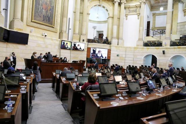 image for Proyecto que busca unificación de periodos electorales se hunde