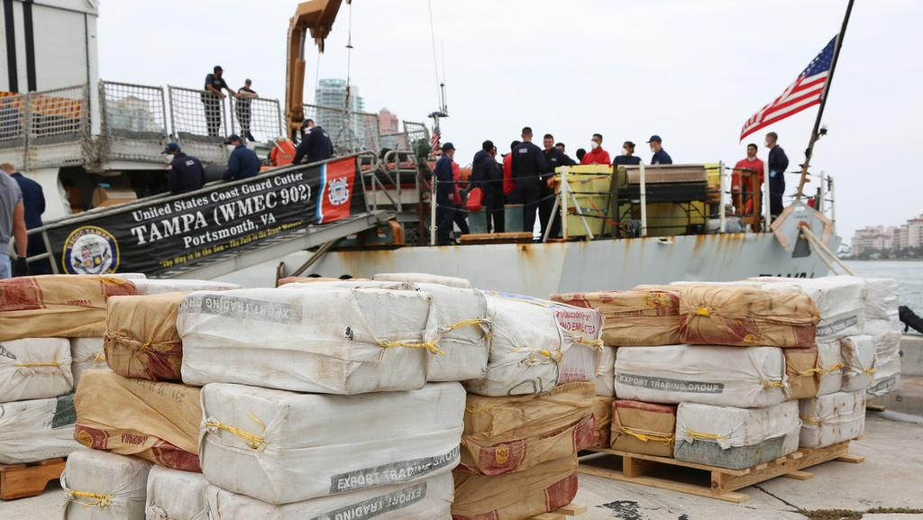 image for Captura una embarcación con 94 millones de dólares en cocaína