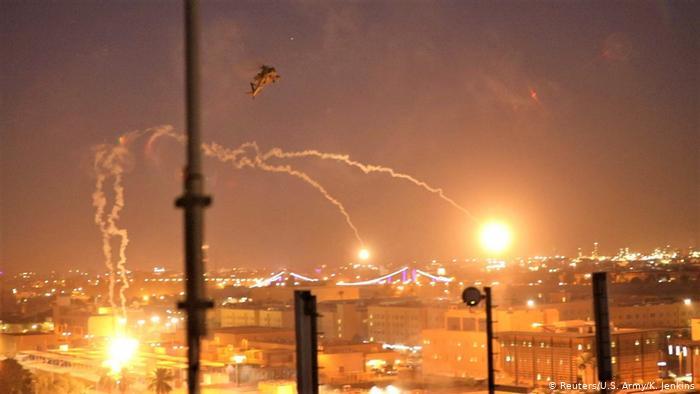 image for Cohetes impactan cerca de la embajada estadounidense en Bagdad