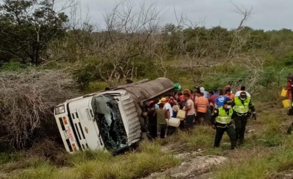 image for Posible causa del volcamiento y explosión del camión cisterna en el Caribe