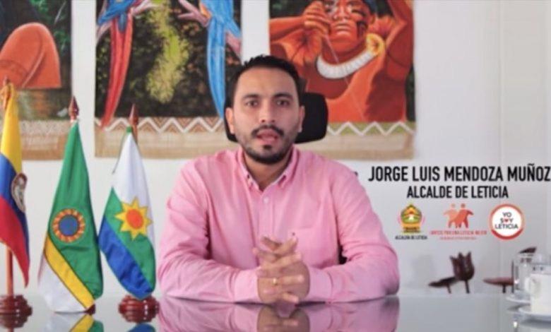 image for Alcalde culpa a Bolsonaro por aumento de Covid-19 en la ciudad