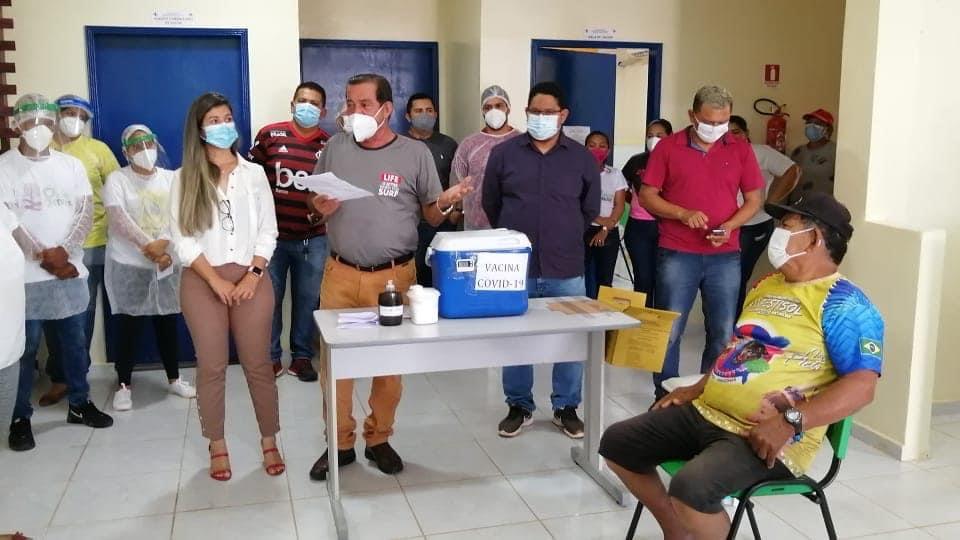image for Campanha de Vacinação contra o novo coronavírus em Tabatinga
