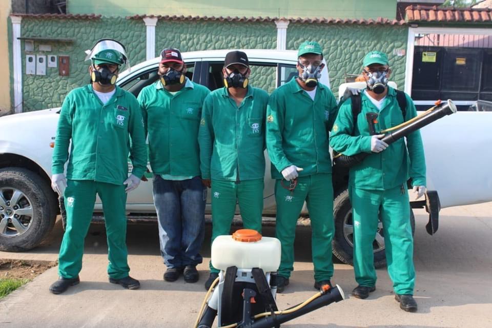 image for Trabalho pullverização nas casas contra o mosquito Aedes Aegypti