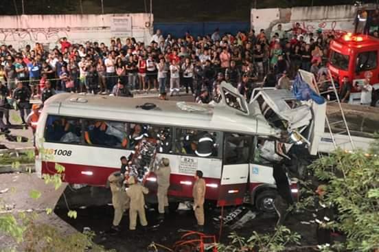 image for Hoje fazem 6 anos del terrível acidente que marcou a brasileros