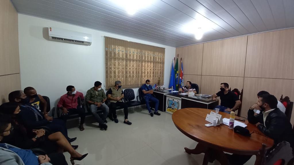 image for Vereadores de Tabatinga discutem medidas de combate à covid-19
