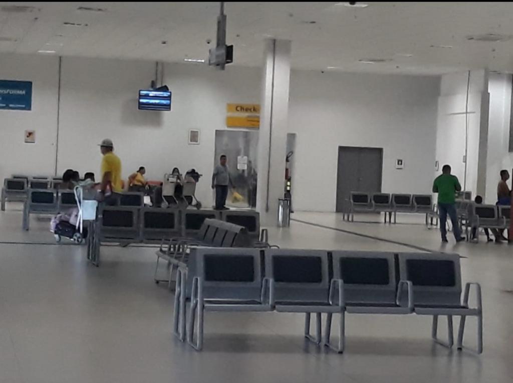 image for Transferidos dois presos para Manaus acusados de assaltos