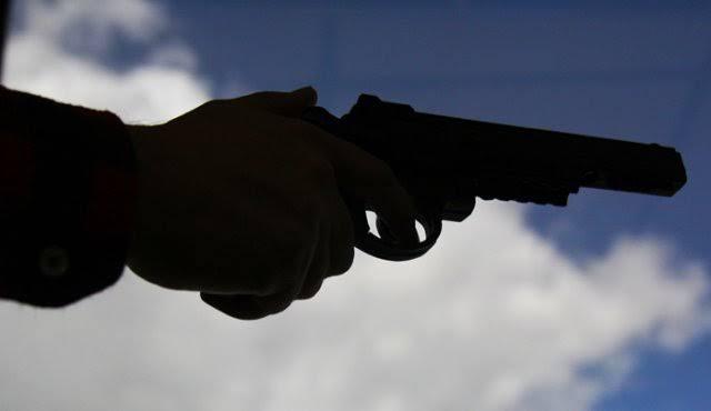image for Moradores do Brilhante se espantam com tiros à noite