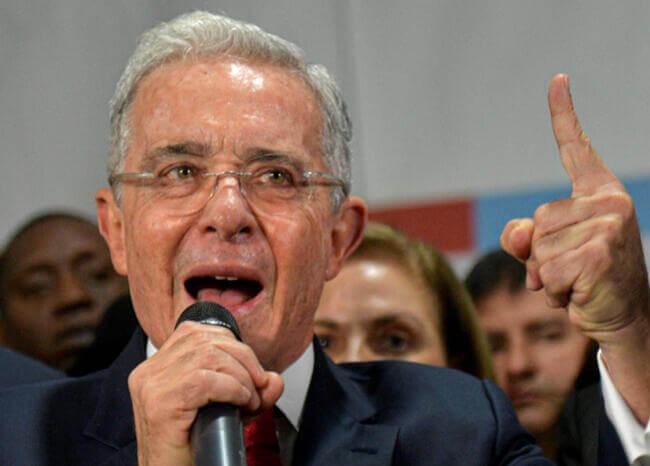image for Uribe pide adelante la reforma a la justicia