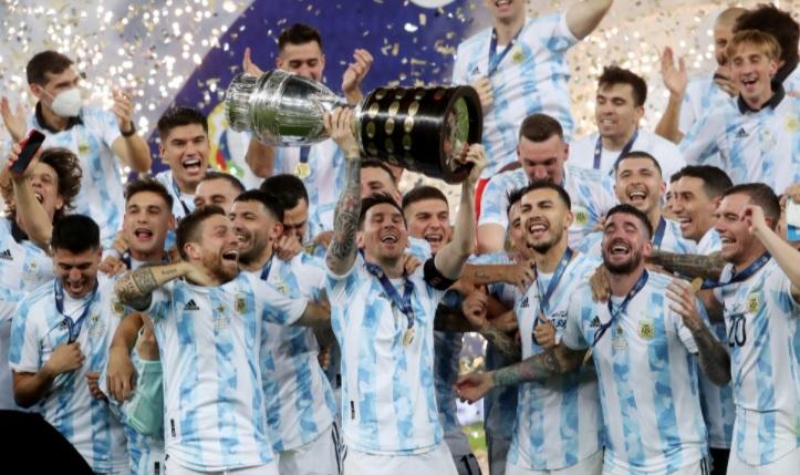 image for Argentina destrona o Brasil no Maracanã e é campeã da Copa América