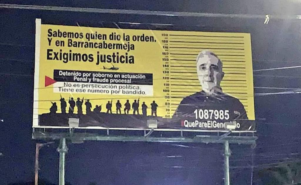 image for Valla en contra de Álvaro Uribe causa polémica
