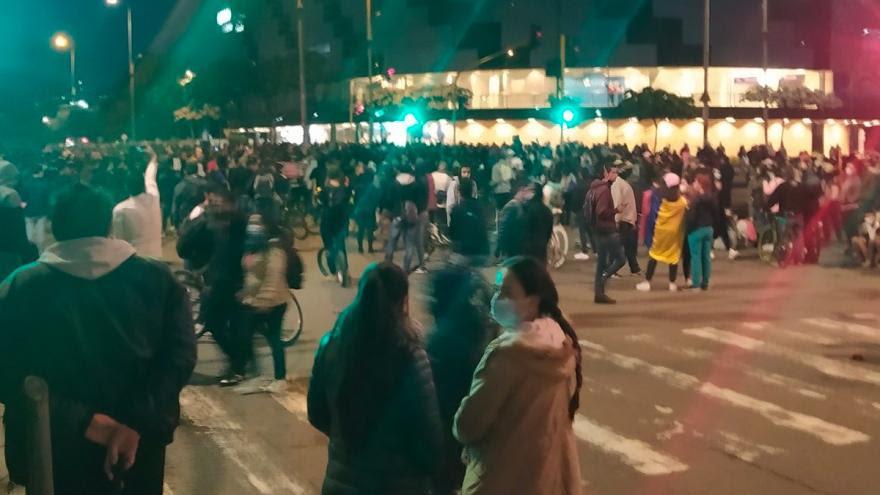 image for Primera línea de Suba anuncia ataques contra instalaciones de TransMilenio