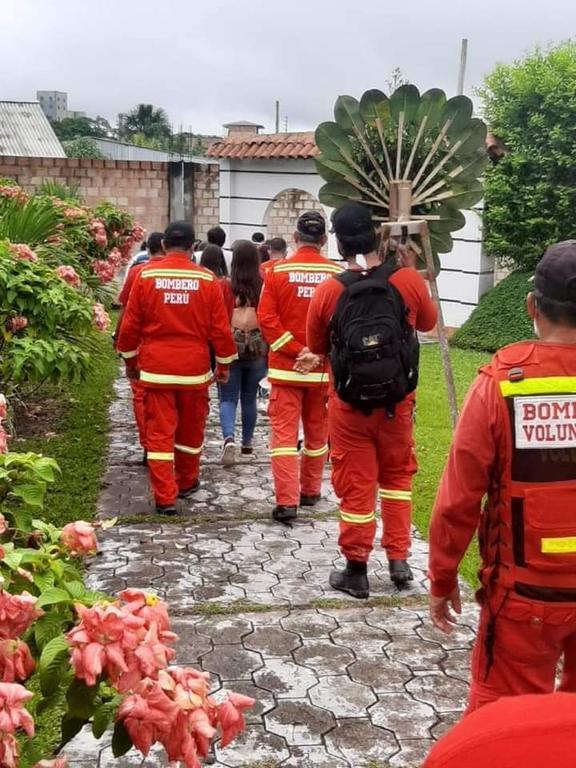 image for Bomberos que se fueron en medio de la pandemia del coronavirus