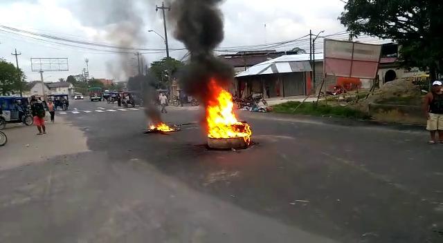 image for Carretera a Santo Tomas es bloqueada por manifestantes