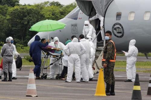 image for Pacientes com Covid-19 são transferidos para o Acre