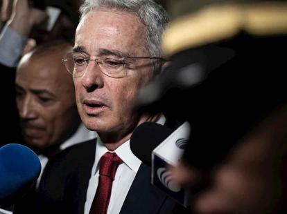 image for Defensa de Uribe pide libertad inmediata de expresidente