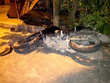 image for Niña fallece tras impactar contra motocicleta de delincuentes