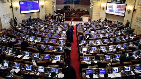 image for Ley que busca garantizar derechos de los actores es aprobada por el Senado