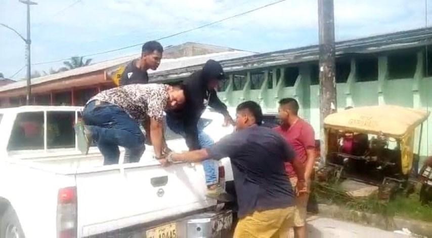image for Detenidos presuntos desmanteladores de vehículo robado