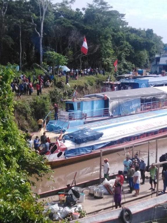 image for Indígenas retienen embarcación en río Marañon