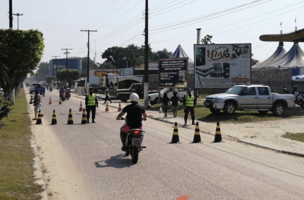 image for Trânsito em busca de irregularidades de veículos