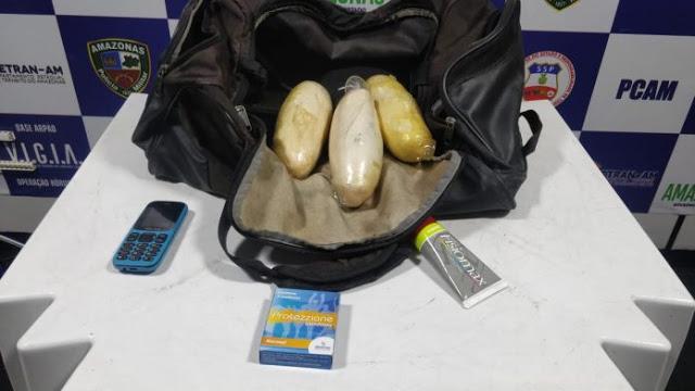 image for Colombiano é preso por tráfico de drogas na Base Arpão