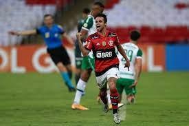 image for Flamengo vence a Chapecoense por 2 a 1