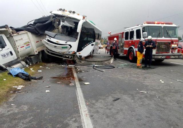 image for Grave  accidente en la vía Bogotá – Medellí deja dos muertos y 40 heridos