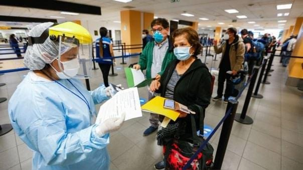 image for Gobierno suspenderá cuarentena para turistas que ingresen al país