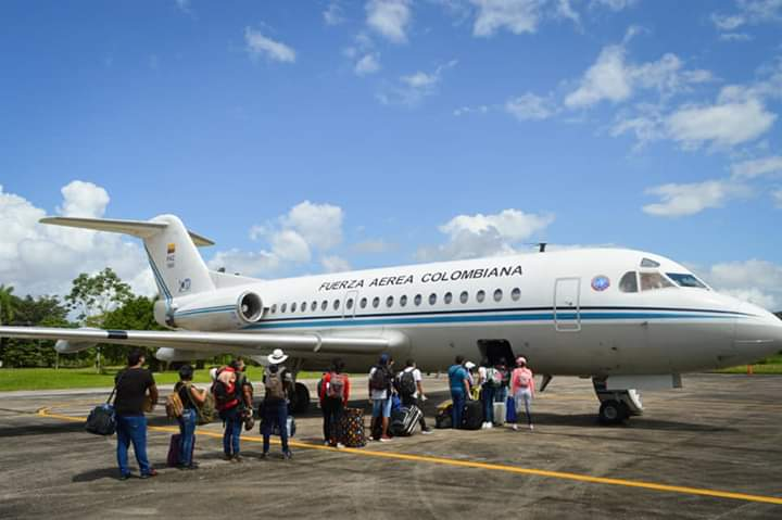image for Universitarios regresan al Putumayo en vuelo humanitario