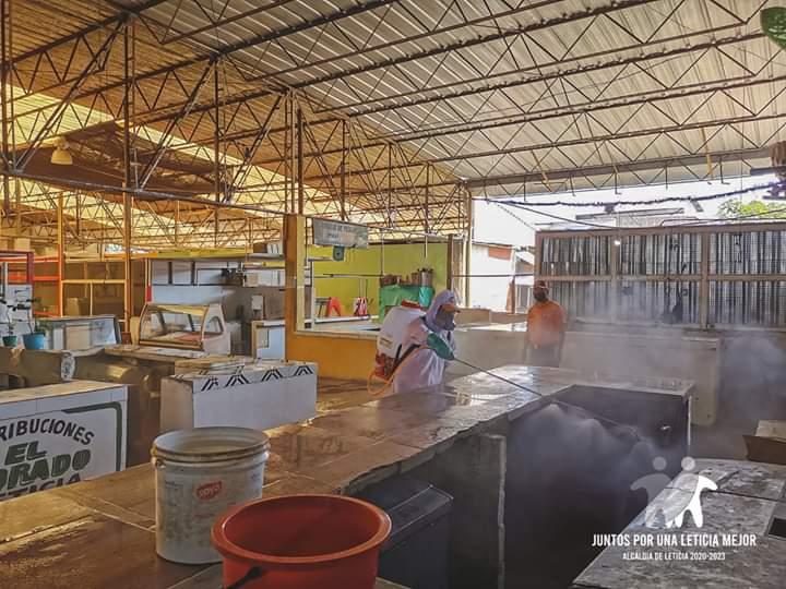 image for Jornada de limpieza en la plaza de mercado municipal