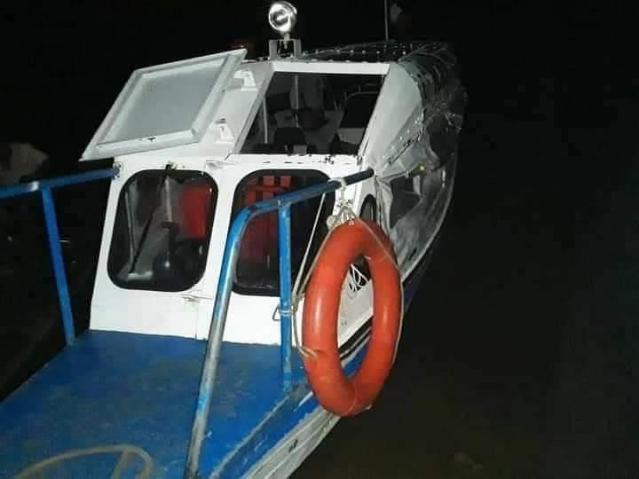 image for Embarcación con más de 120 pasajeros Nautraga en boca del río Puinahua
