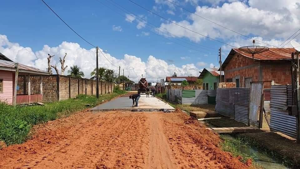 image for Plínio Cruz acompanhou os trabalhos pavimentação