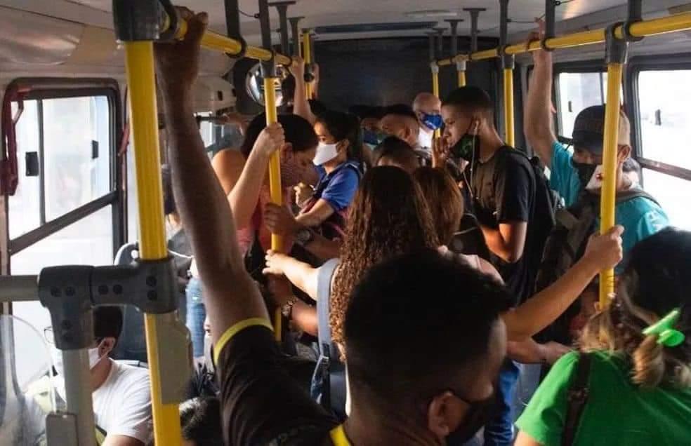 image for Câmara Municipal solicita da Semed melhorias no transporte escolar
