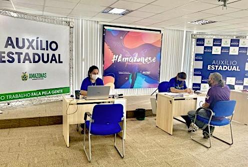image for Inicia segunda etapa de entrega do cartão do Auxílio Estadual a profesionalismo do turismo
