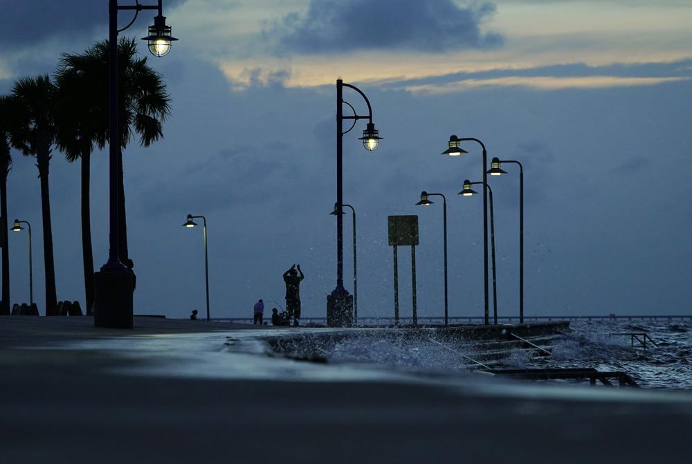 image for Hurricane Ida winds hit 150 mph ahead of Louisiana strik